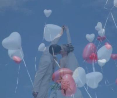 Hochzeit mit Herzluftballons